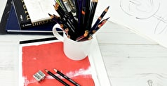 Featured Brand: Create with Derwent Pencils