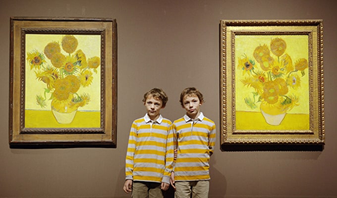 Compare & Contrast: Van Gogh's Sunflowers back together after 65 Years