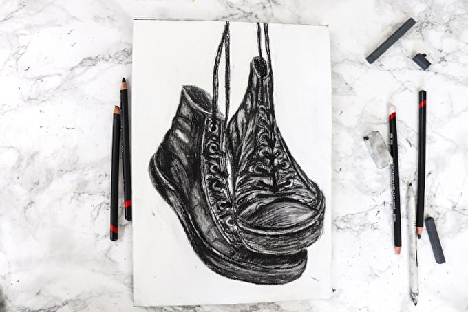 How to: Draw Shoes with Charcoal