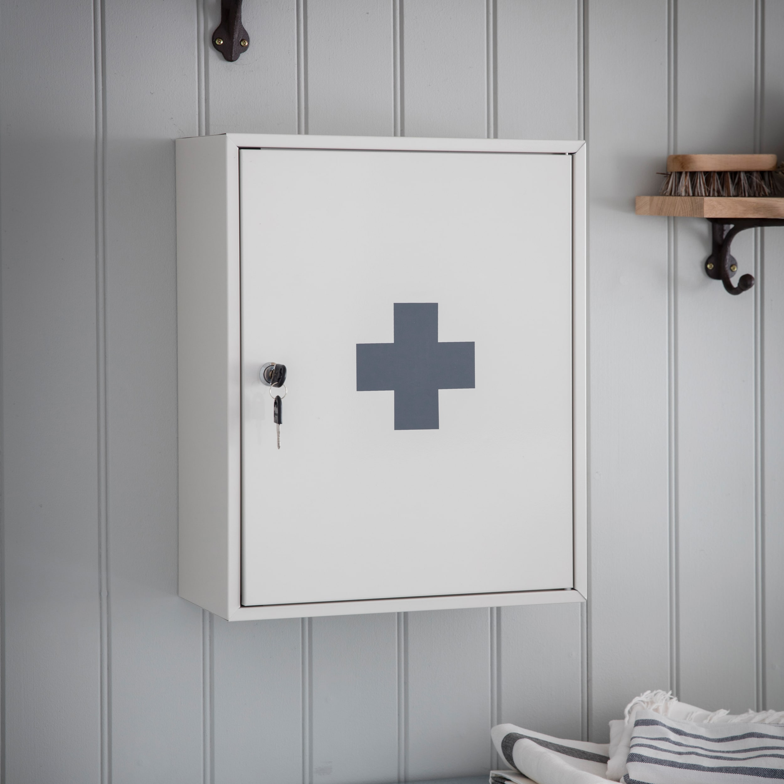 Steel First Aid Wall Cabinet in White    Garden Trading