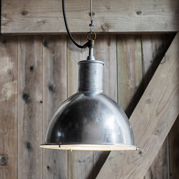 Hot Dipped Galvanised Steel St Ives Bay Outdoor Pendant Light | Garden Trading