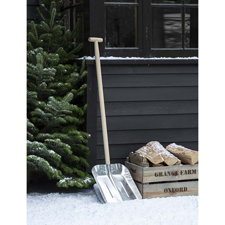 Metal and Wooden Snow Shovel in Large or Small | Garden Trading