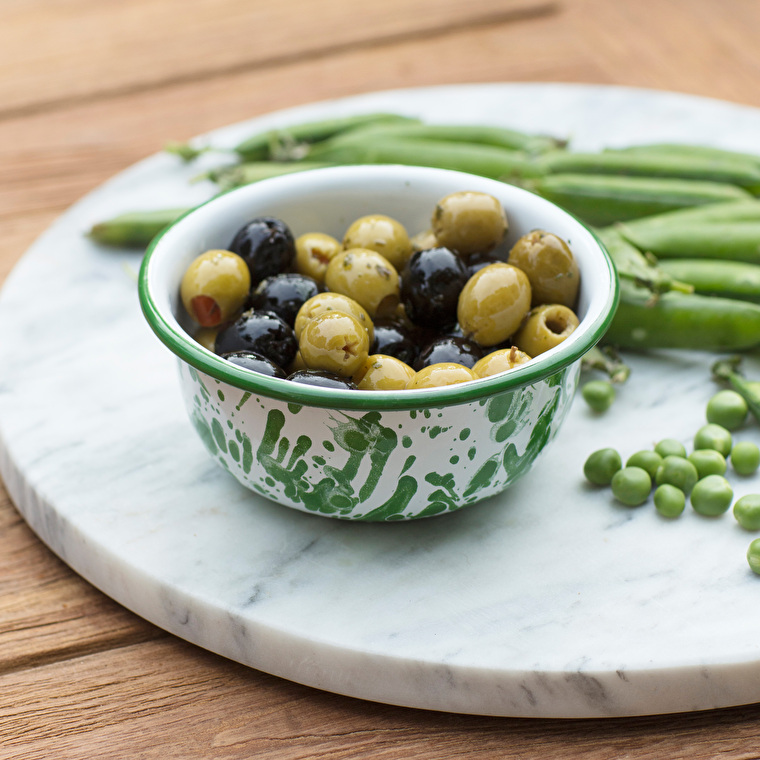 Enamel Keswick Mottled Nibble Bowl in Green | Garden Trading