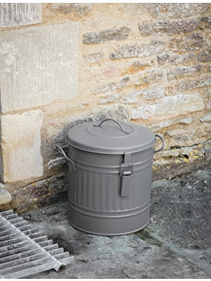 Outdoor Compost Bucket