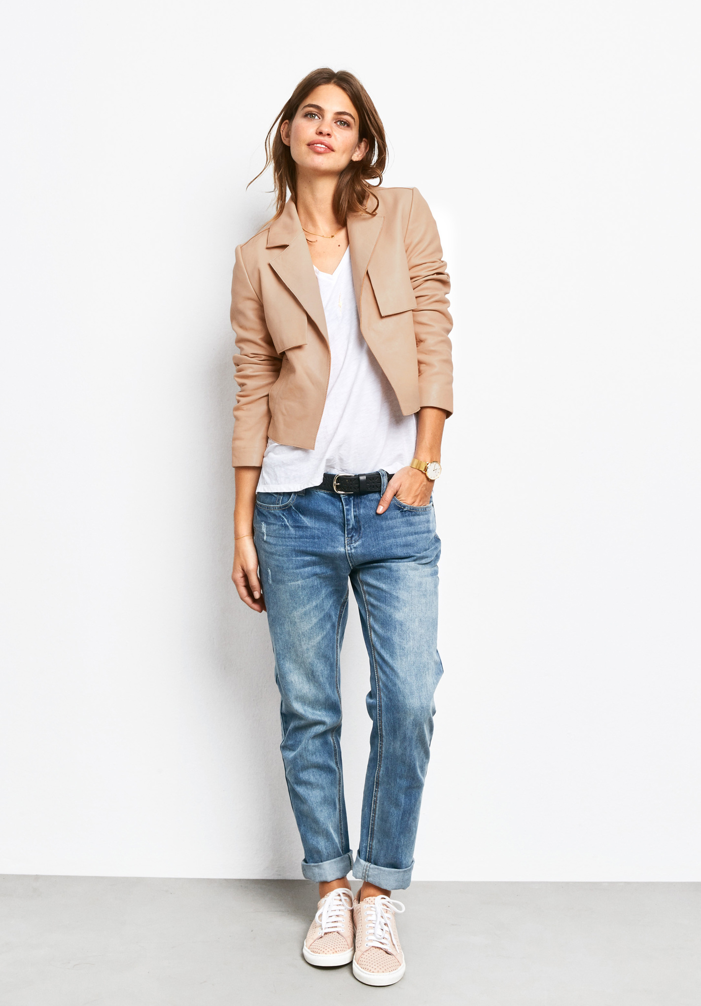 Women's boyfriend jeans are perfect to wear with high heels, chunky heels, athletic.