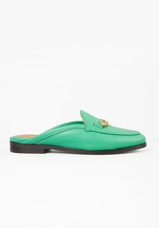 Jolly green backless loafers with a chain trim