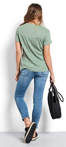 Model wears our Relaxed oversized cut out star tee in granite green