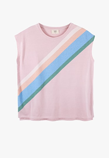 Oversized boxy tee in a pastel rainbow design in light pink