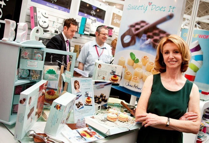 Kitchen Craft Sweetly Does It with     Jane Asher
