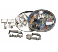 KitchenCraft 7 Transport Cutters With Metal Storage Tin