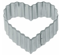 Kitchen Craft 5cm Fluted Heart Shaped Metal Cookie Cutter