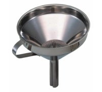 KitchenCraft 13cm Funnel With Removable Filter