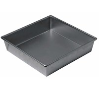 Chicago Metallic Non-Stick 23cm Square Cake Pan