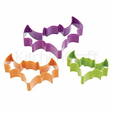 KitchenCraft Spookily Does It Set of 3 Bat Shaped Cookie Cutters