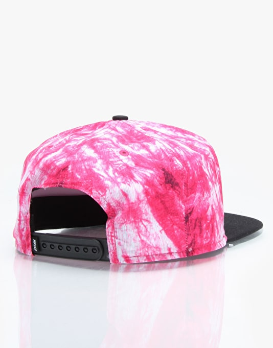 Nike SB Seasonal Snapback Cap - Fireberry/Black (Black)