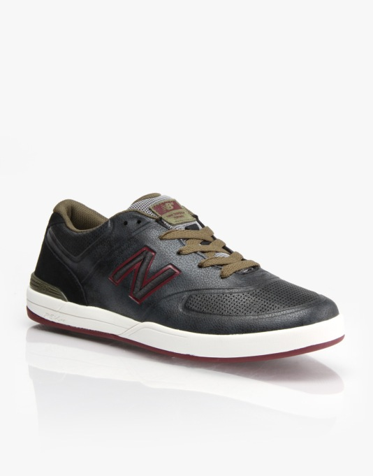 New Balance Numeric Logan 637 Skate Shoes - Black/Red