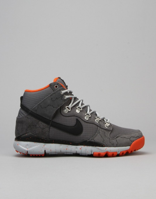 Nike SB x Poler Dunk High R/R Skate Shoes - Grey/Blck-Wlf Gry-Unv Orng