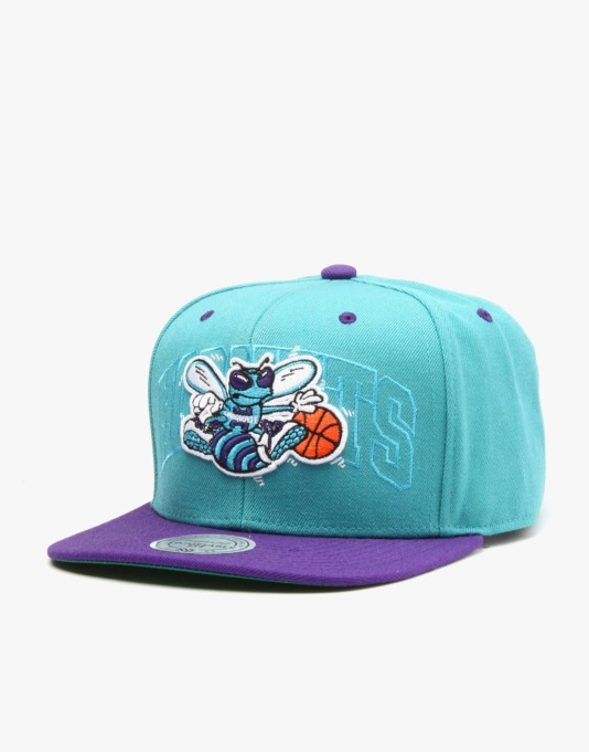 Mitchell & Ness NBA Charlotte Hornets Outer Snapback Cap - Turquoise