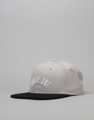 Route One Arch Logo Snapback Cap - Steel/Black