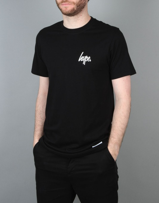 Hype Left Breast Script T-Shirt - Black/White