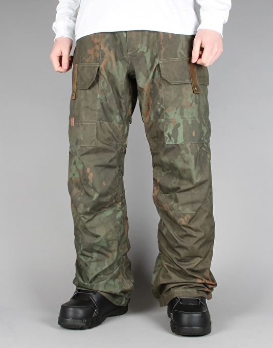 DC Code 2016 Snowboard Pants - Camo Lodge