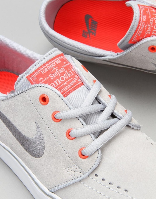 Nike SB Stefan Janoski Boys Skate Shoes - Wolf Grey/Clear Grey/Crimson