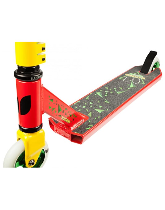 Blazer Pro Cyclone Scooter - Red/Yellow/Green