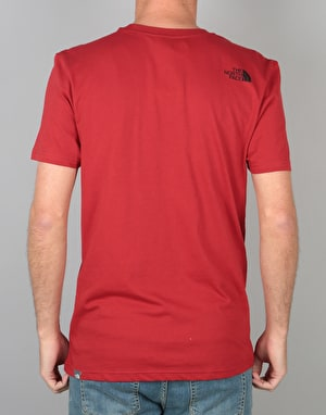 The North Face S/S Simple Dome T-Shirt - Cardinal Red