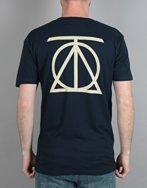 Theories Crest T-Shirt - Midnight Navy/Cream