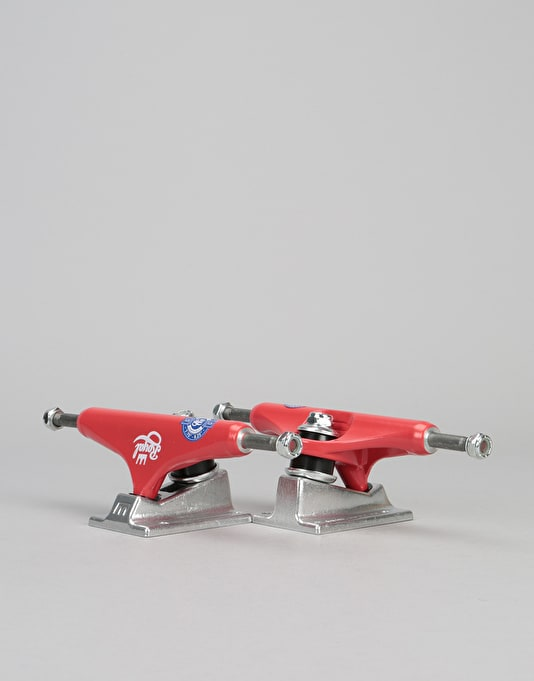 Royal Classic Crown Standard 5.25 Team Trucks - Red/Raw (Pair)