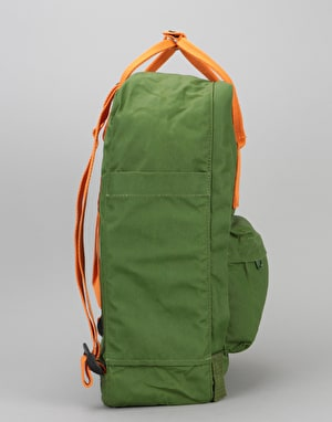 Fjällräven Kånken Backpack - Leaf Green/Burnt Orange