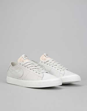 Nike SB Zoom Blazer Low Decon Skate Shoes - Light Bone/Khaki