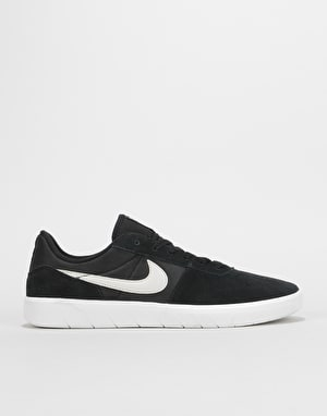 Nike SB Team Classic Skate Shoes - Black/Light Bone-White