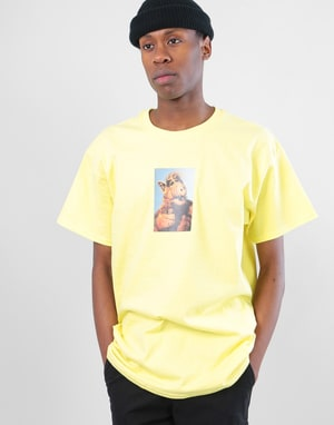 Manor Melmac T-Shirt - Cornsilk