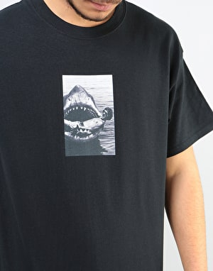 Manor Jaws T-Shirt - Black