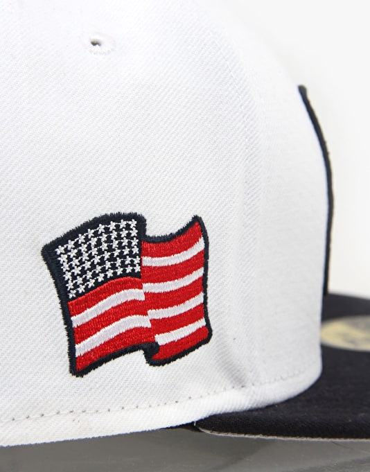 New Era Country Colours Cap Fitted Cap