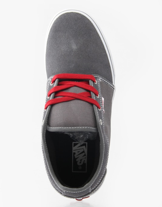 Vans Chukka Low Boys Skate Shoes