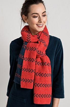 Whispering Scarf
