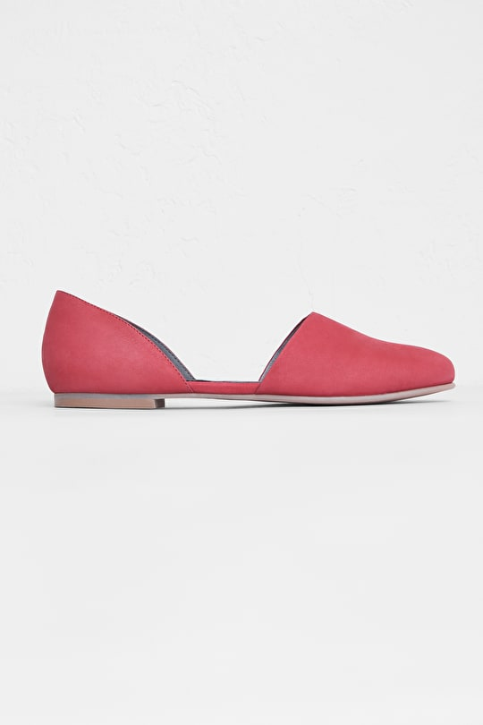 Ruby Shoe | Slip-on leather lined suede pumps | Seasalt