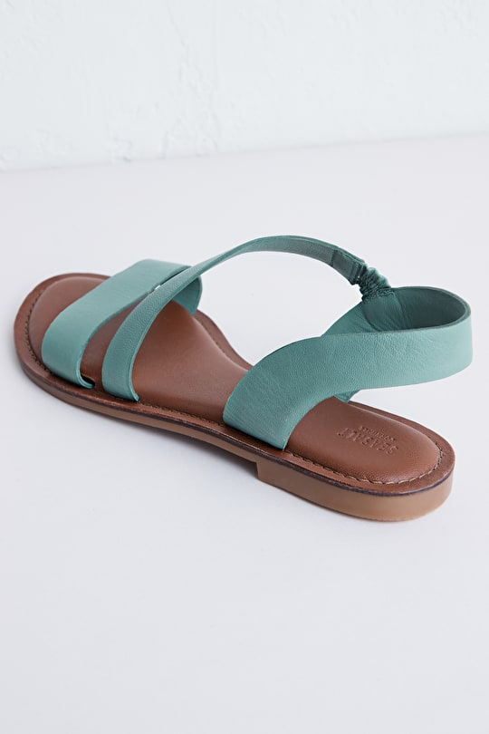 Sunny cove flat leather sandals in beautiful colours - Seasalt