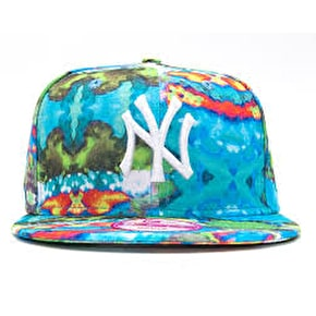 New Era Women's 9Fifty Candy Smudge Snapback Cap