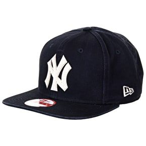 New Era 9Fifty NY Vintage Wash Snapback Cap