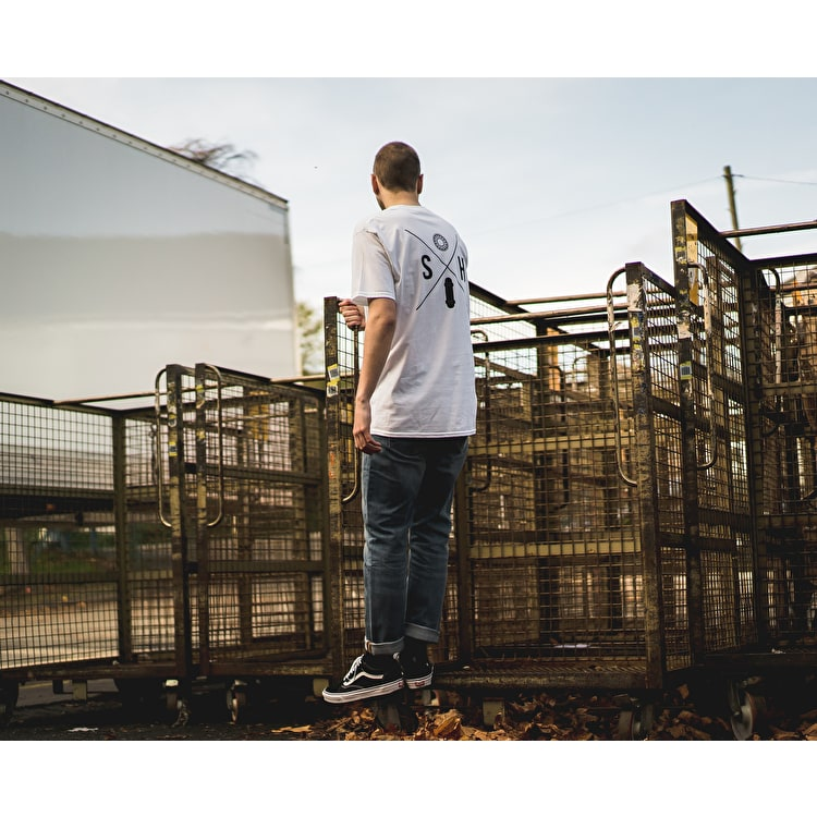 SkateHut SH X Kids T shirt - White/Black