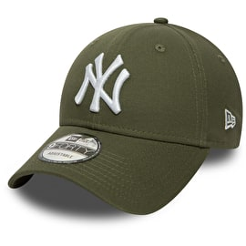 New Era New York Yankees MLB Essential 9FORTY Cap - New Olive