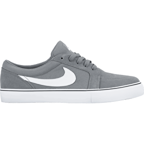 B-Stock Nike Satire II Shoes - Cool Grey/White UK 9 (Box Damage)