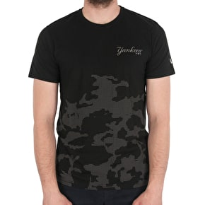 New Era Reflective Badge Camo T-Shirt - Yankees - Black