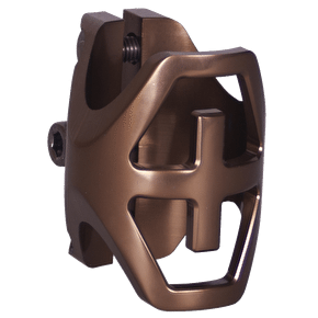 District Triple Light Standard Clamp - Metal