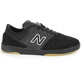 New Balance 533 V2 Skate Shoes - Black/Black