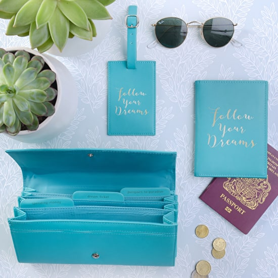 Gold Foil Typographic Travel Set